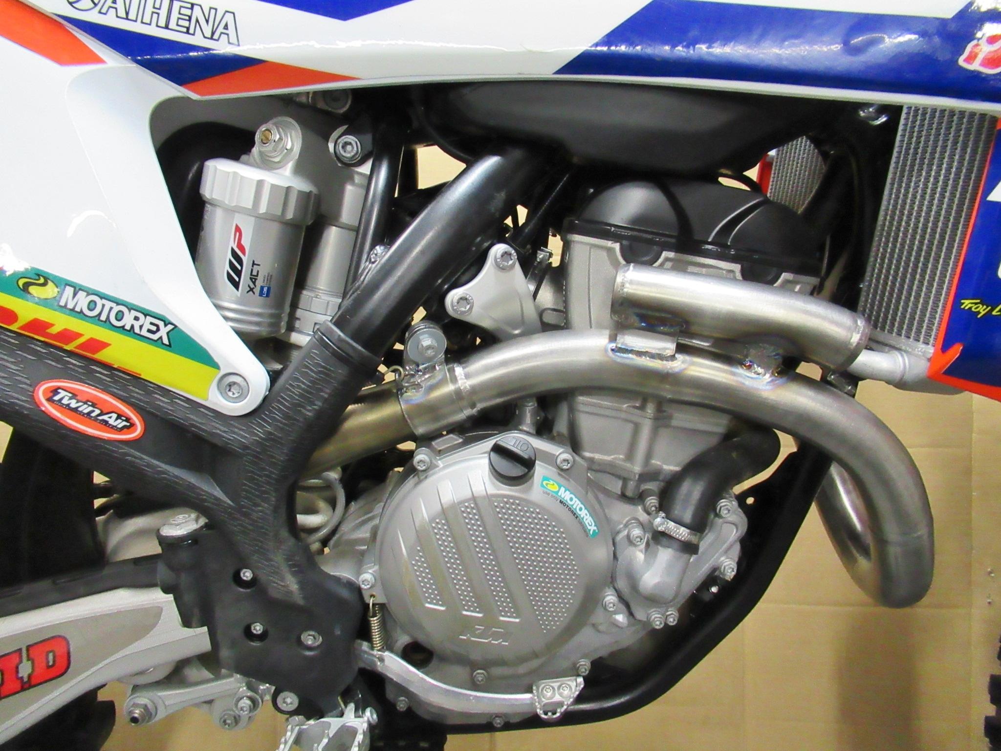 http://www.precious-factory.com/preciousfactory2010/IMG_0560.JPG