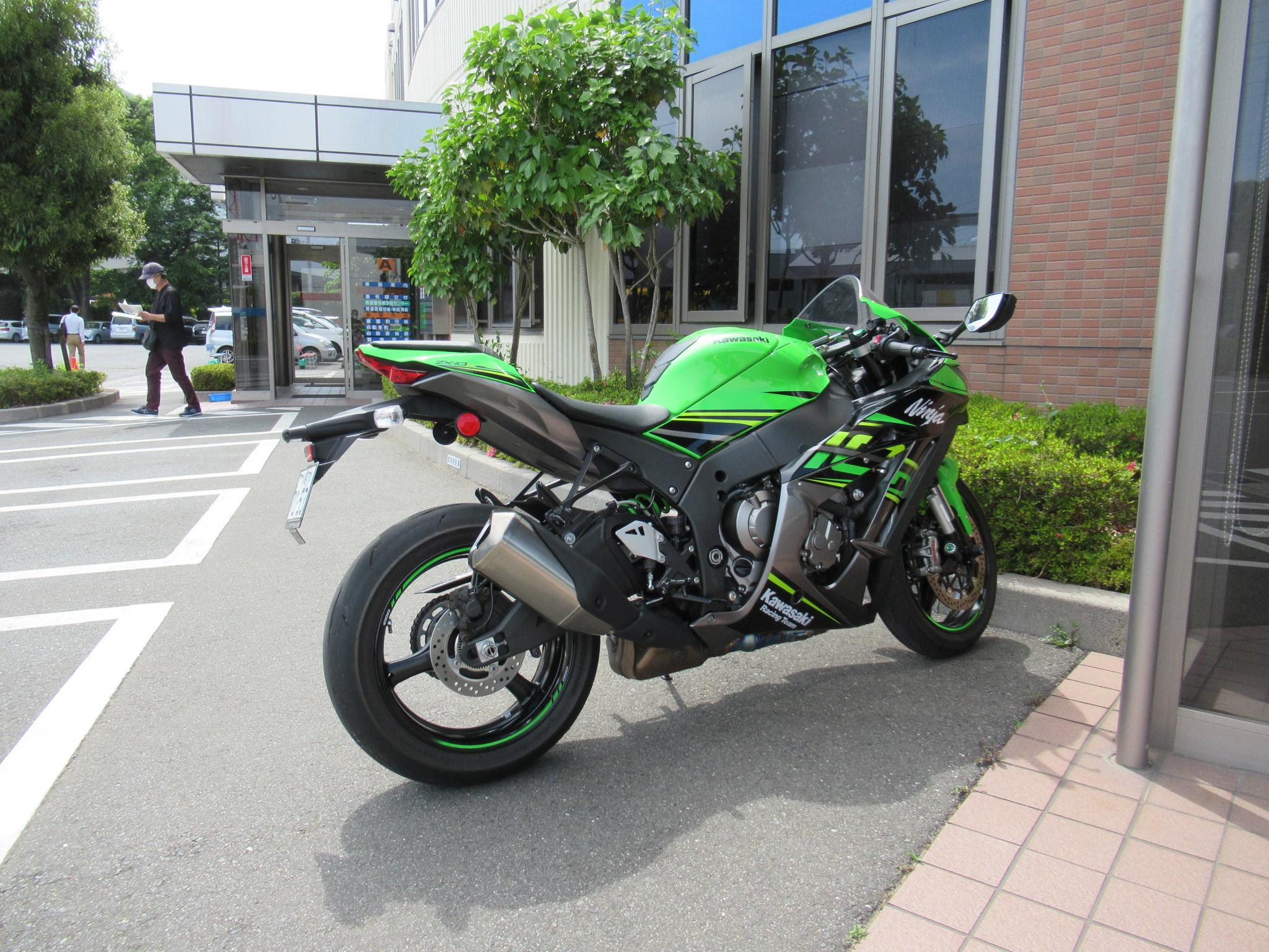 http://www.precious-factory.com/preciousfactory2010/IMG_0674.JPG