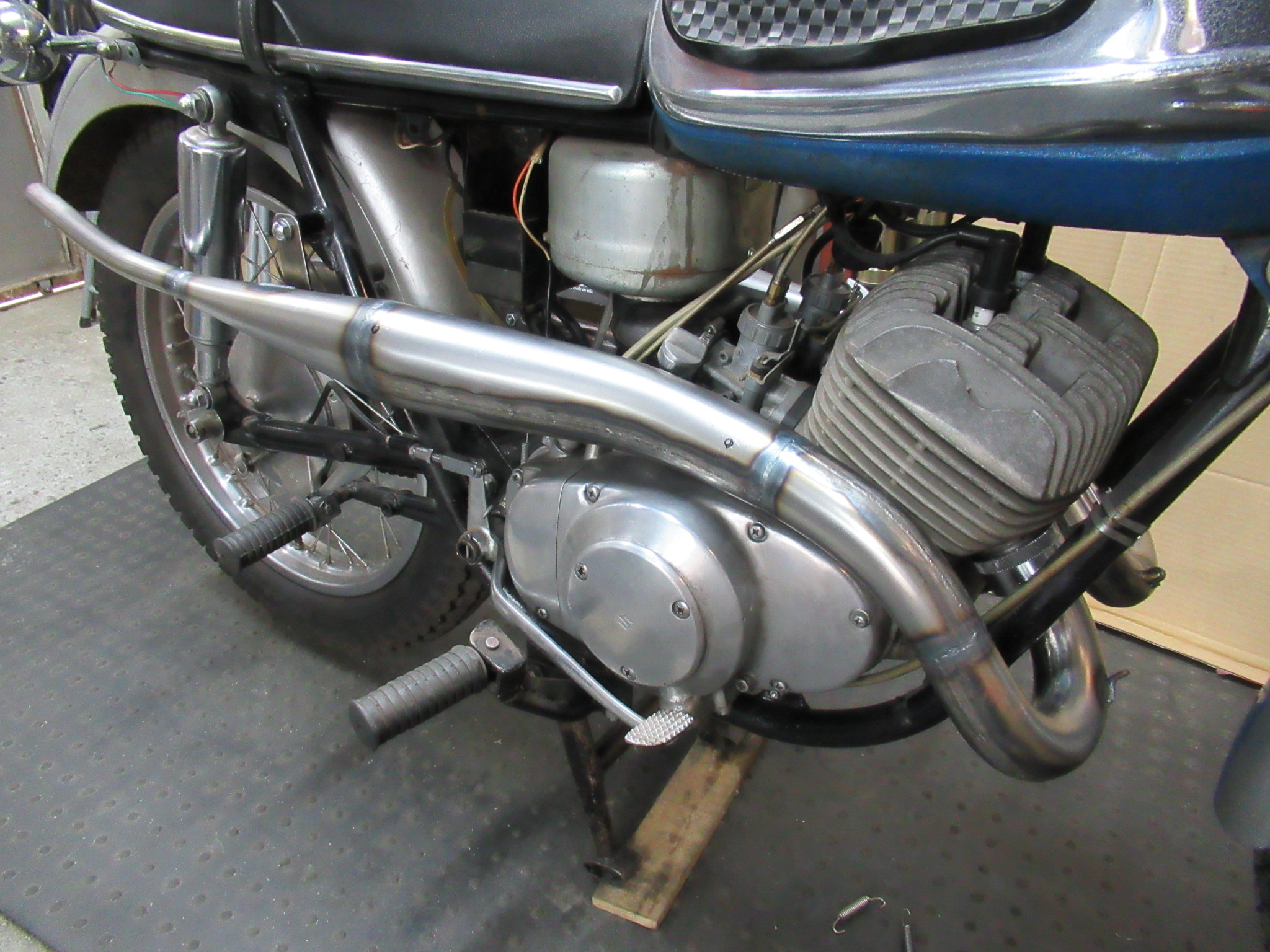 http://www.precious-factory.com/preciousfactory2010/IMG_0731.JPG