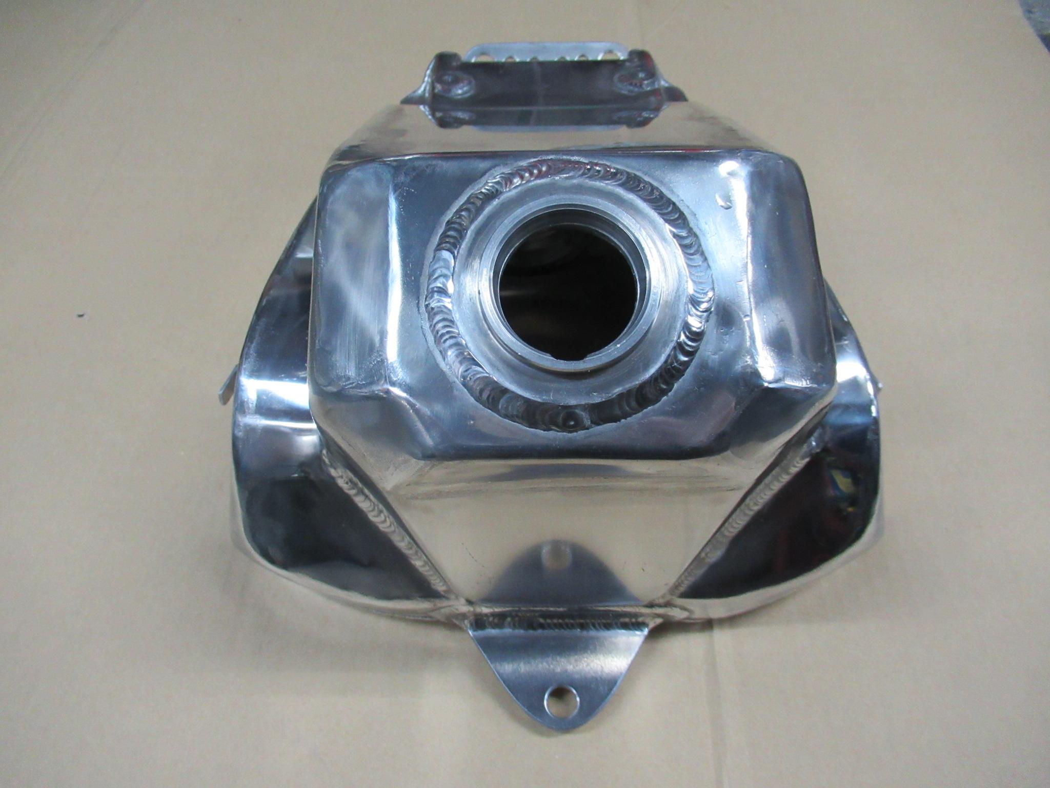 http://www.precious-factory.com/preciousfactory2010/IMG_0993.JPG