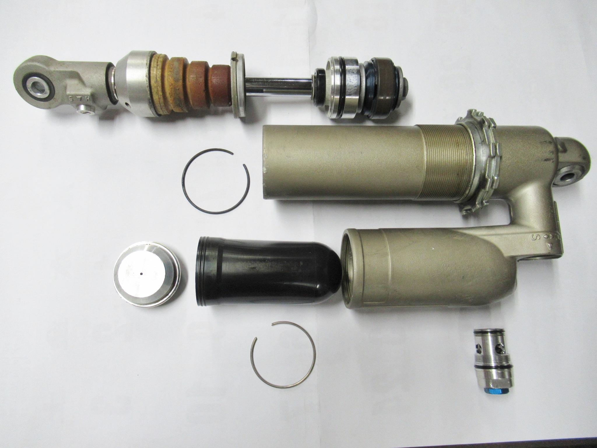 http://www.precious-factory.com/preciousfactory2010/IMG_1169.JPG